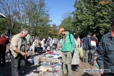 プロの方から観光客まで楽しめる!サンクト・ペテルブルクのフリーマーケット