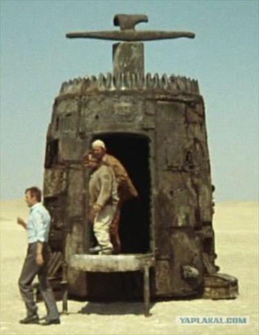 ロシア人がDIYした『不思議惑星キン・ザ・ザ』のペペラッツ型PCケースがかっこいい