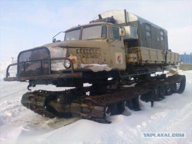 ロシア人は道路を作れないけど道路を必要としない車なら作れる