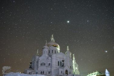 氷点下30度の中撮影されたペルミの星空がきれい
