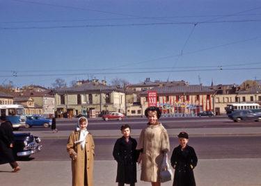 ロシア人「1961年のモスクワを見てみよう」