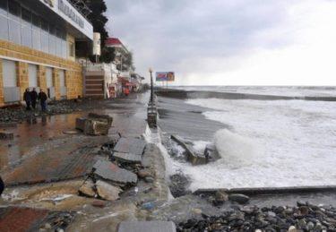 ロシア人「ソチオリンピックの施設が波にさらわれちゃったー。できてないんじゃない。流されちゃったー。」