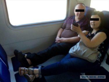 ロシアの電車は新しくなってるのに乗客のマナーは古いまま