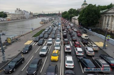 ハマったら最後。モスクワの渋滞がおそロシア