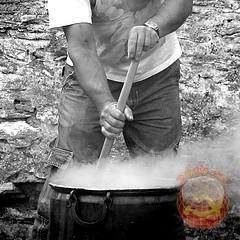 ジーンズは煮込みに限る!ソ連時代のジーンズを煮た話を紹介します!!