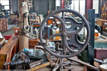 どう見ても倉庫にしか見えないモスクワの産業文化博物館を紹介します!