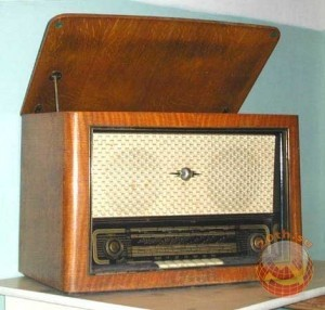 勝手にラジオ局を開局!ソ連時代に流行っていたラジオ・フーリガン