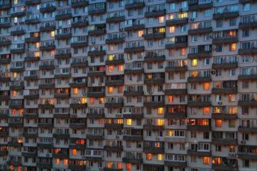 これぞ集合住宅!モスクワにある密度の高いアパート