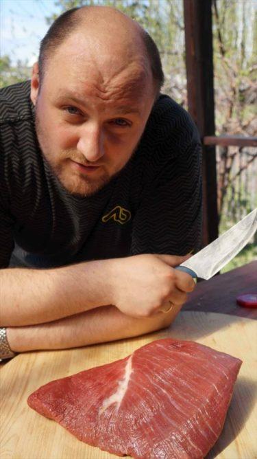 ロシアオヤジが作るロシア風BBQ、シャシリク!